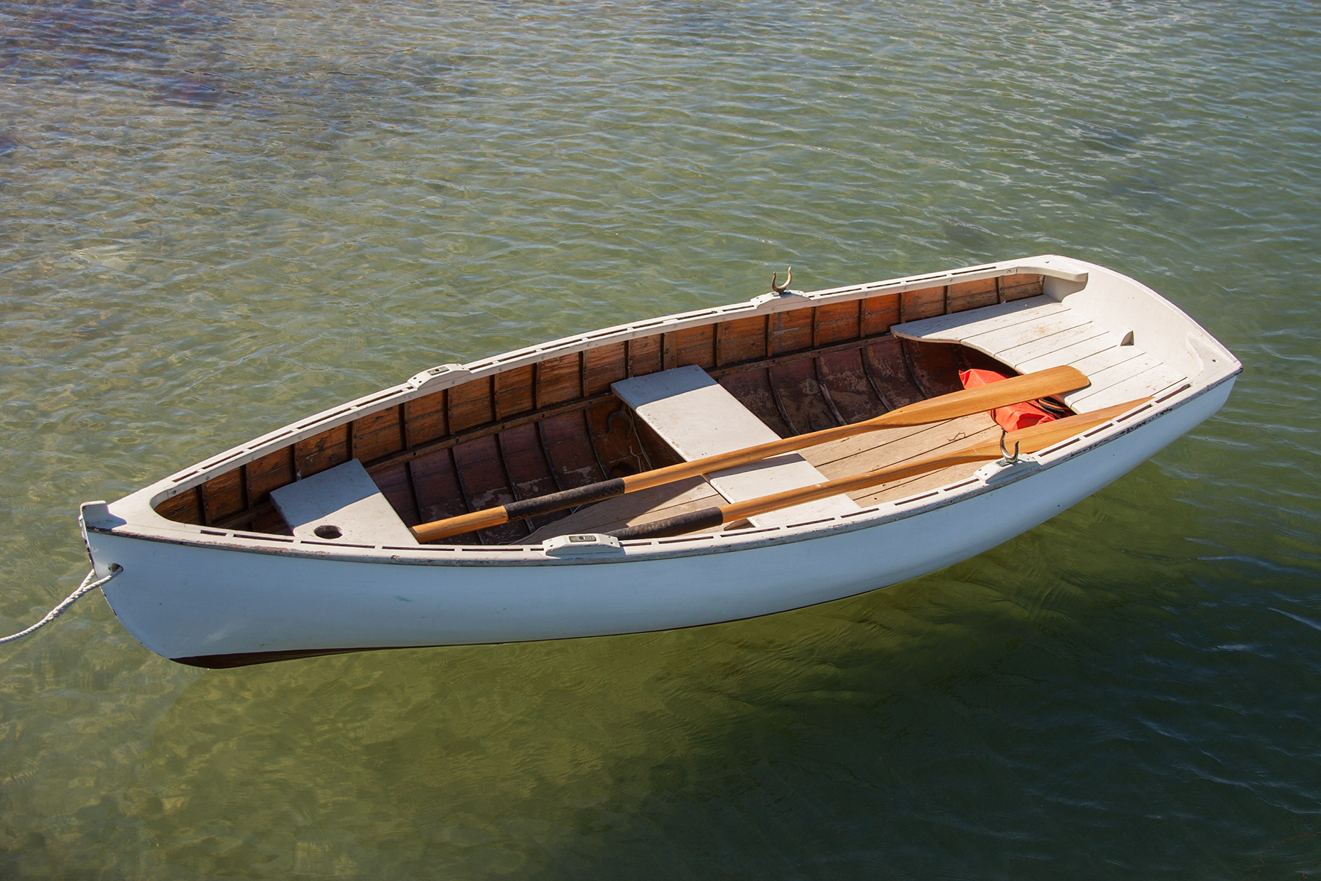 Rowboat-Vineyard-Haven-Martha