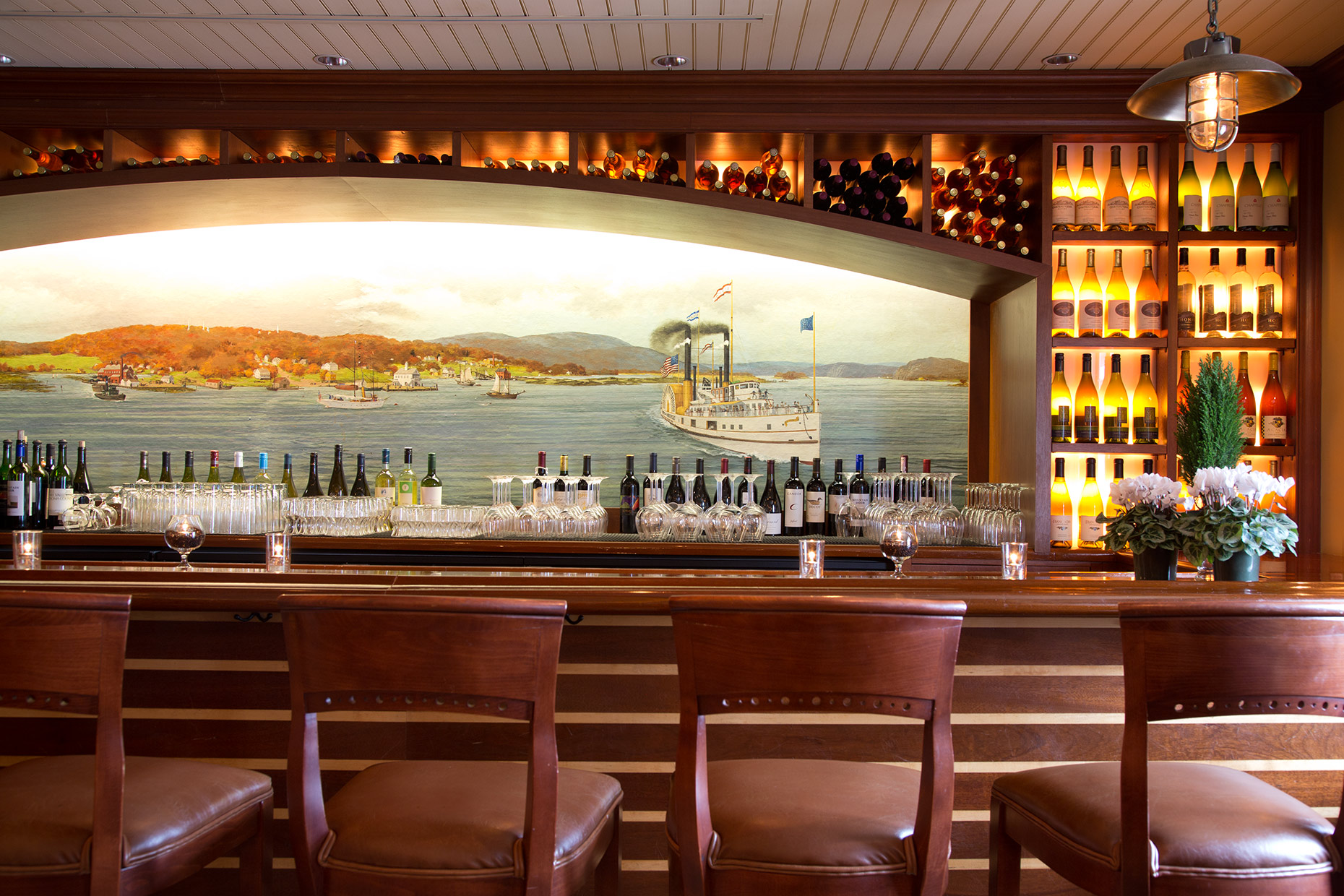 Griswold-Inn-Wine-Bar-Essex-Connecticut-Caryn-B-Davis