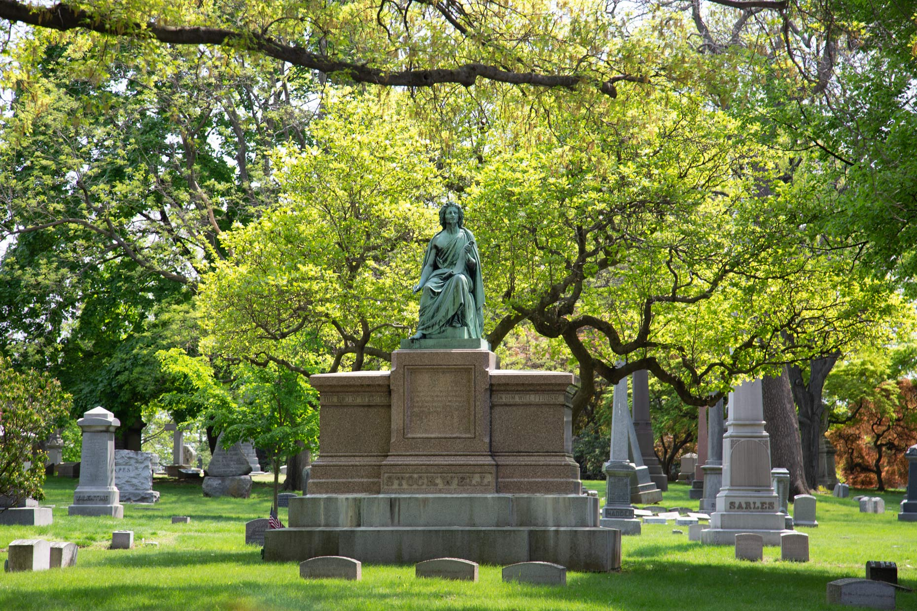 Woodlawn-Cemetery -Bronx-New-York-Caryn-B-Davis
