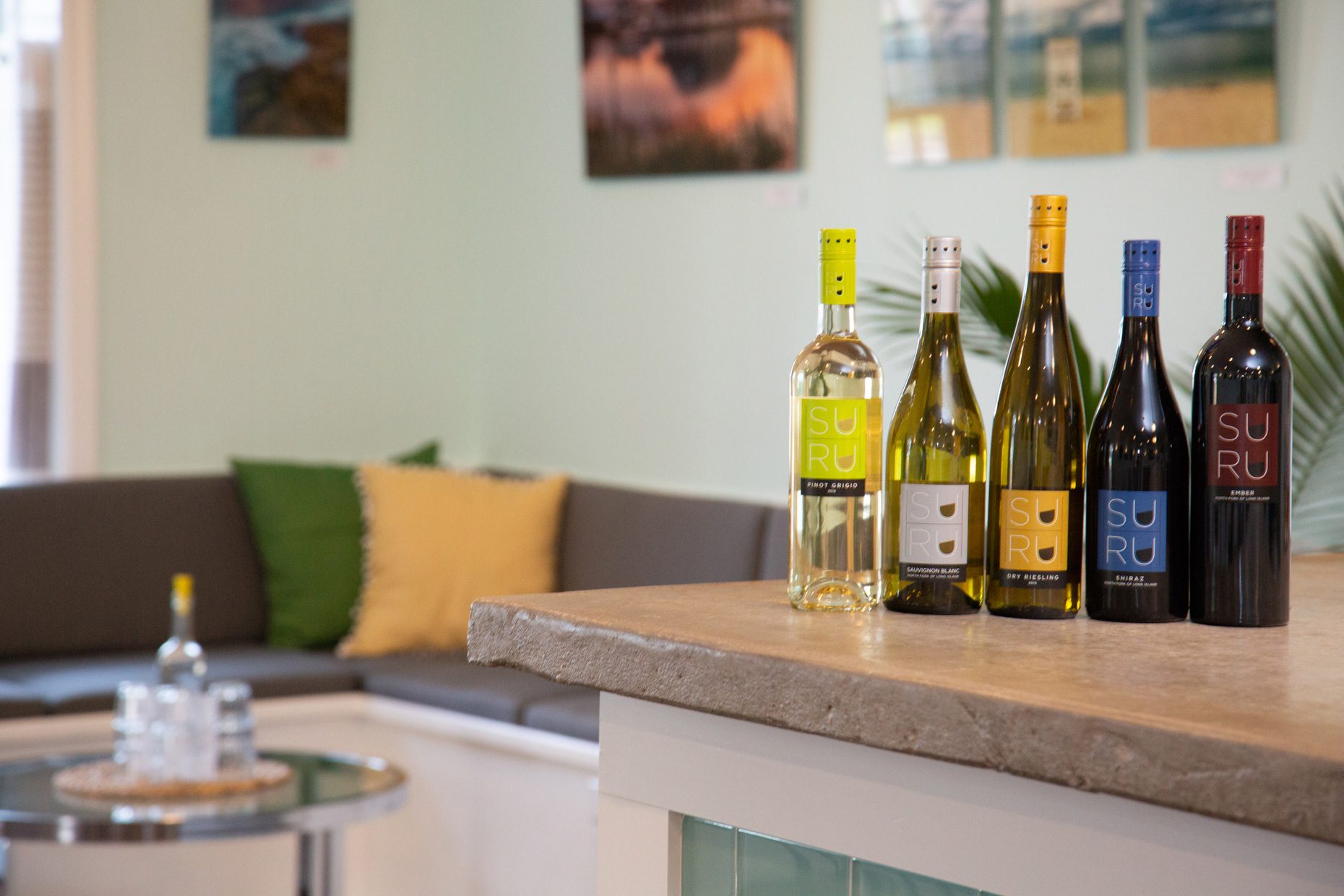 Suhru-Tasting-Room-Cutchoque-Long-Island-North-Fork-Travel-Photography-Caryn-B-Davis