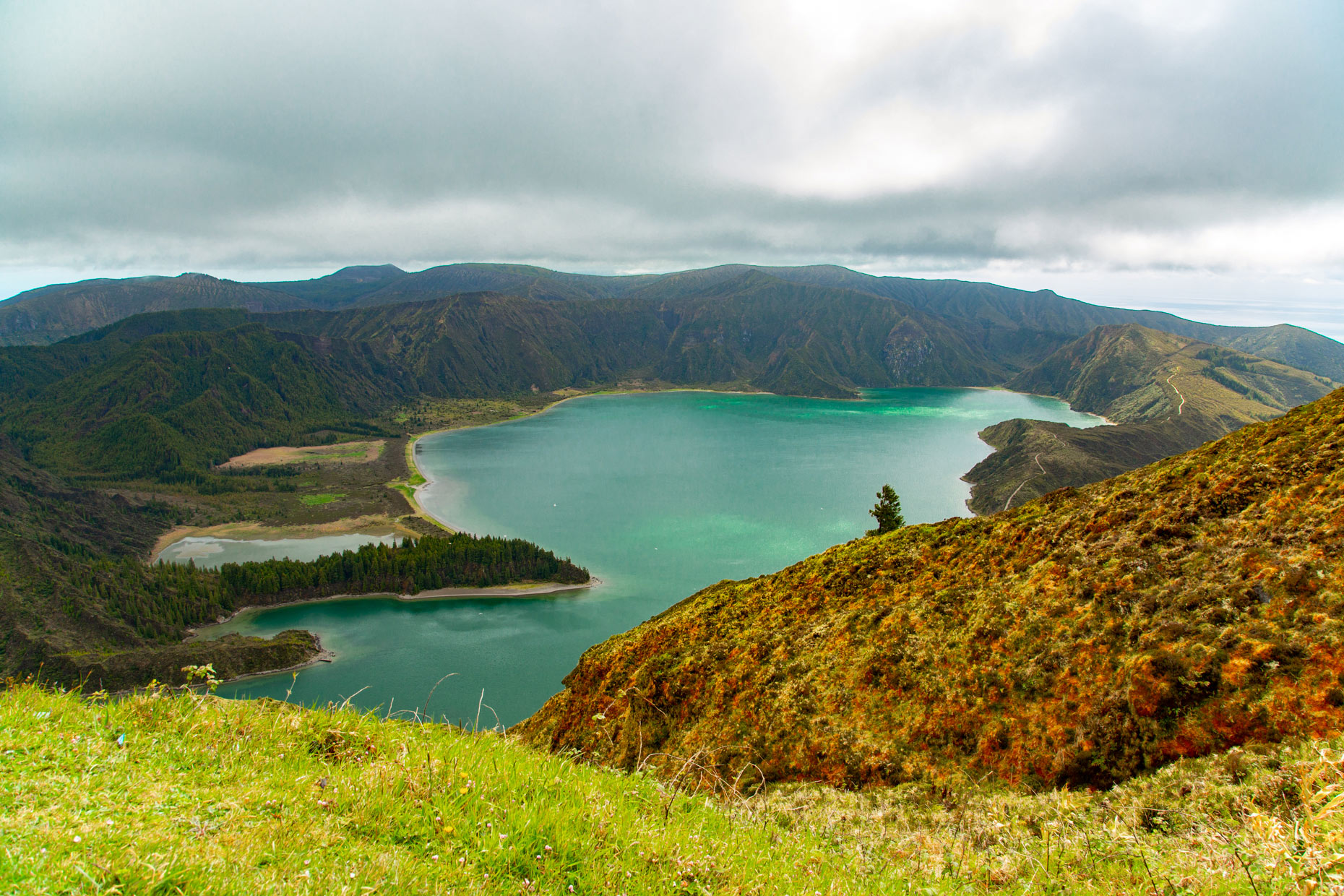 Sao-Miguel-Azores-Logoa-do-Fogo-Portugal-Caryn-B-Davis-Travel-Photography